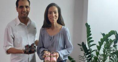 Los hermanos Cristina y Valter Traini Sandoval le ponen corazón a Creaciones Kristyn Moda